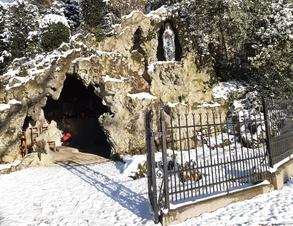 Lillois, grotte ND de Lourdes